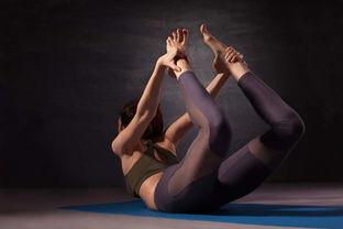 合肥一女子瑜伽课上被教练压腿致粉碎性骨折,如何索赔
