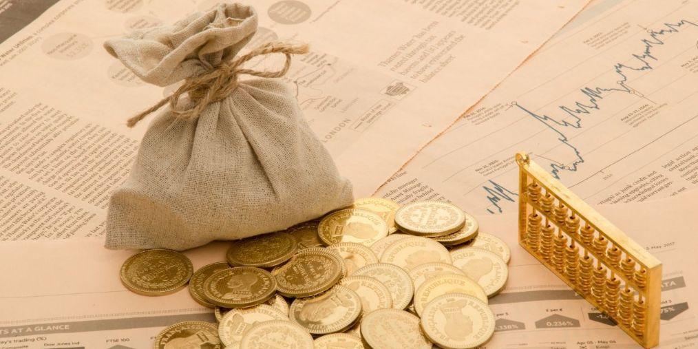 南宁一女老师向同事和学生家长借款近千万元