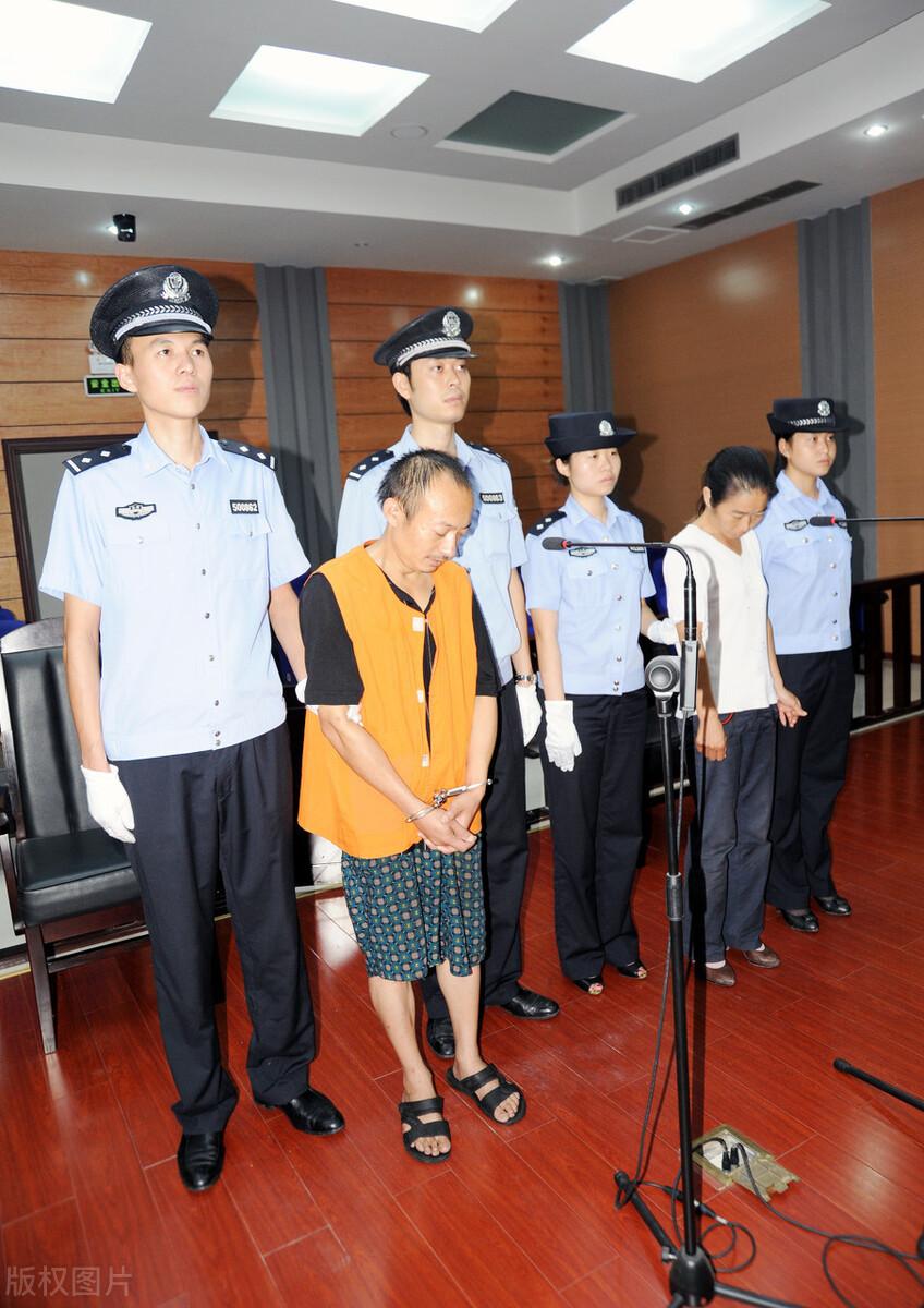 """上海一个月内同一地点37辆共享单车失联 男子为找""""乐子""""将单车丢入河中被拘!"""